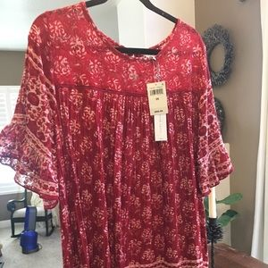 Lucky Brand Red Top 2x